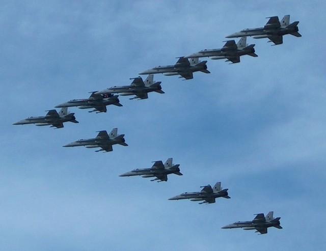 321 USMC B.Day Flyby (sm)